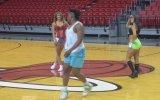 Miami Heat'in Ponpon Kızları Seçmelerine Katılan Yetenekli Erkek
