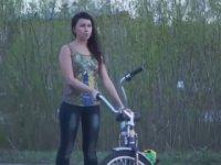 Motorlu Testere İle Bisiklet Sürme Keyfi