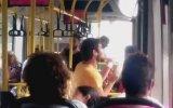 Otobüste Hunharca Dans Eden Genç