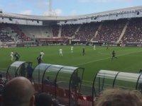 Thierry Henry'nin Maç İçinde Sektire Sektire Top Sürmesi