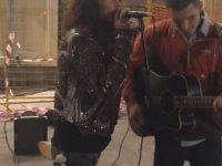Aerosmith Steven Tyler'in Amatör Müzisyene Süprizi