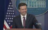 Beyaz Saray'daki Basın Toplantısına Siri Darbesi