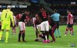 Manchester United'lı Shaw'un Ayağının Kırılması 18