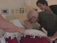 73 Yıllık Evli Çiftin Ağlatan Anları