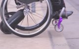 Tekerlekli Sandalyelere Ekstra Güç Sağlayan Elektrikli Sürüş Ünitesi