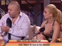 Hamile Sevgilisini Canlı Yayında Döven Milyoner Şarkıcı