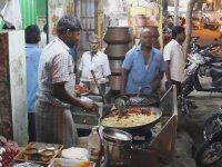 Hindistan Sokak Lezzeti - Pilav (Bonus: Korna Sesi)