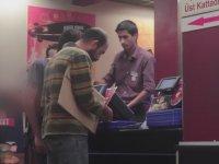 Yüzsüz Dilenciler Burger Trollemece - Kamera Şakası
