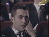 Pop Müzik En İyi Erkek Sanatçısı - Mustafa Sandal (1998 Kral Tv Video Müzik Ödülleri)