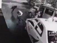 Üç Kişi Kız Kaçıramayan Çinliler