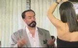 Adnan Hoca'nın Sırbistanlı Konuğuyla Dans Etmesi