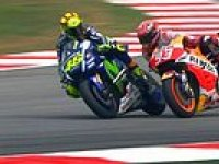 Valentino Rossi, Yarış Esnasında Marc Marquez'e Tekme Atması