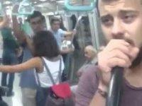 Dev Hizmet: Overlok Makinesi Metroya Geldi