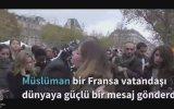 Paris'te Anlamlı Eylem Yapan Müslüman