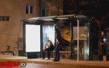 Türkiye'de Keskin Nişancı Şakası  Bus Stop Sniper Prank