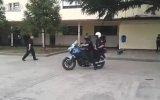 Polislerden Sürpriz Sonlu Motor Şov