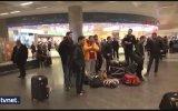 Galatasaray Taraftarının Kendi Futbolcusuna Hakaret Etmesi