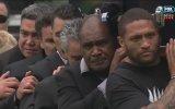 Efsane Rugby Oyuncusu Jonah Lomu'nun Cenazesinde Haka Yapan Takım Arkadaşları