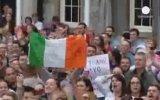 Eşcinsellere Kucak Açan İrlanda Halkı