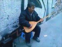 Bir Sokak Sanatçısı Ali Bey (Kaderimin Oyunu)