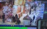 Mısır Çarşısı'nda Tabanca ile Lamba Vurmak