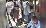 Otobüste Uyuşturucu Krizine Giren Genç