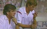 Genç Arsene Wenger'in Yedek Kulübesinde Sigara İçmesi