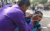 Rahatlatıcı Kulak Operasyonu  Hindistan