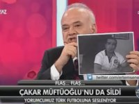 Ahmet Çakar'ın Deniz Ateş Bitnel'in Resmini Yırtması