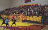 Hentbol Maçında Tribünden Düşen Göztepeli Taraftar