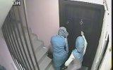 Apartman Kamerasına Yakalanan Türbanlı Hırsızlar