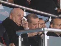 Erdoğan'ın Çanakkale Törenlerinde Ağlaması