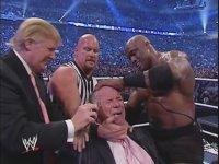 Büyük Başkan Donald Trump Amerikan Güreşi'nde