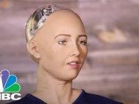 İnsanlığın Sonunu Getirmek İsteyen Robot Sophia
