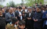 Demirtaş'ın Terörist Mezarını Ziyaret Edip Halkı Gazlaması