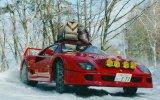 Ferrari F40 ile Kar Üzerinde Drift