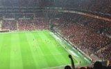 Galatasaray Taraftarlarının Kendi Takımına İbne Demesi