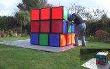 Dünyanın En Büyük Rubik Küpünü Çözen Adam