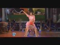 Çıldırtan Dans Yarışması (+18)