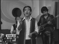 Edip Akbayram -  Eşkiya Dünyaya Hükümdar Olmaz