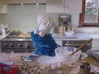 Kurabiye Canavarı ve Siri İle Kurabiye Pişiriyor