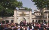 Davutoğlu'nun Eyüp Sultan'da Helallik İstemesi