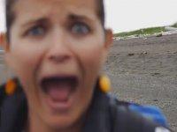 Alaska'da Turistlerin Anne Ayıyla İmtihanı