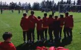 Beşiktaş'ı Destekleyen Galatasaray U10 Takımı