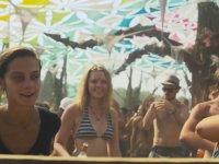 Çılgın Pembeli Abinin de Bulunduğu Ozora Festival 2015