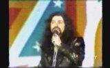 Barış Manço, Söyle Zalim Sultan'ı İlk Kez Okuyor 1985 İzmir Fuarı