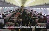 Uçakta Müthiş Anlamlı Babalar Günü Kutlaması