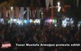 Mustafa Armağan'a Sahnede Protesto