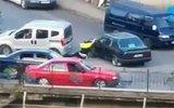 Hatalı Şoförün Aracını Trafik Polisinin Üstüne Sürmesi