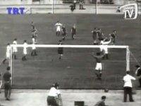 Batı Almanya 1-2 Türkiye  TRT Arşivi (Berlin Panteri Turgay Şeren)